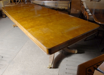 10 m anglais géorgien de Split Base de piédestal Dining Table