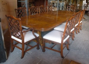 14 m Regency Dining Table & 8 gothique Chippendale Chaises Ensemble