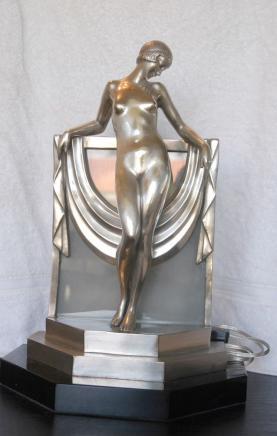 1920 Art Deco Bronze Figurine Lampe Statue