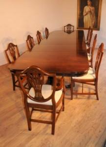Acajou Regency Ensemble repas de table et le Prince de Galles présidents