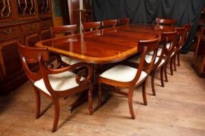 Acajou Regency Ensemble repas pied Table et chaises Swag assortis