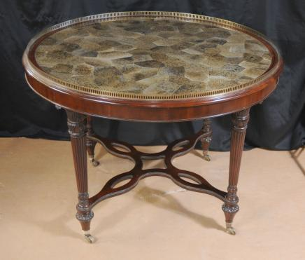 Anglais Regency Centre Penshell Dining Table