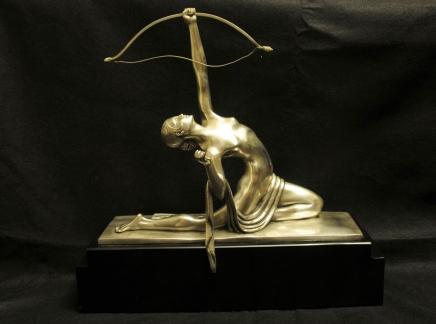 Art déco français Bronze Diana Archer Statue Bourraine