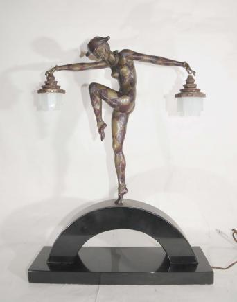 Bronze Déco Arlequin danseur lampe par Bourraine