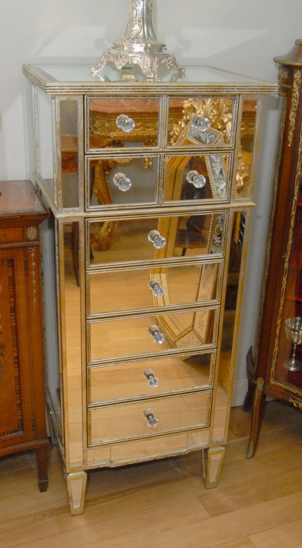 Grand Art Deco Mirrored Chest Tiroirs