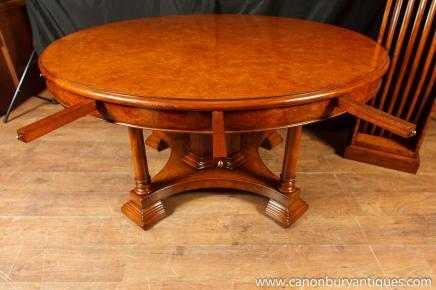 Noyer Regency Jupe table à rallonge ronde Tables à manger