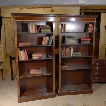Paire Edwardian Sheraton Ouvrir Bibliothèques Bibliothèque