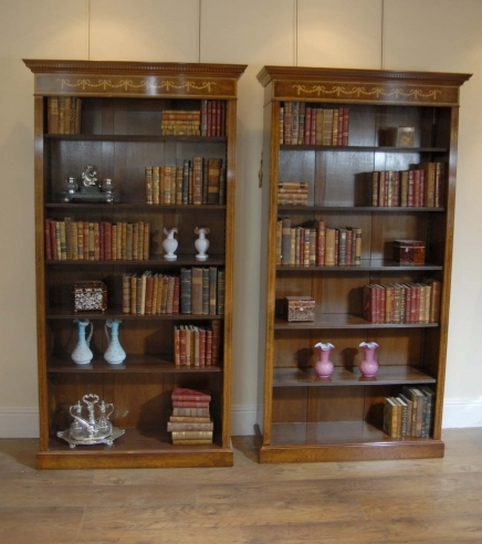 Paire Noyer Regency Sheraton Open Front Bibliothèques
