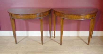 Paire anglais Regency marqueterie Console Tables Table