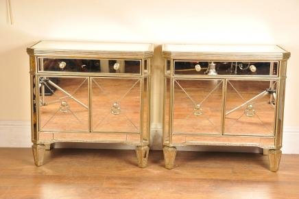 paire miroir de chevet table de chevet d co. Black Bedroom Furniture Sets. Home Design Ideas