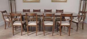Regency Ensemble repas table et chaises en acajou Suite