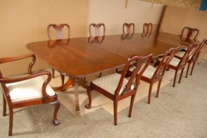 Regency manger Table Set Queen Anne Chaises Suite