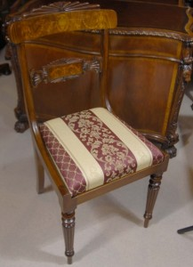 Situé 12 Anglais Regency Noyer marqueterie Chaise