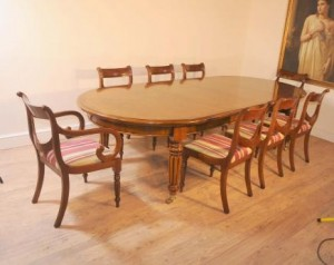 Table et chaises victoriennes Regency Dining Set