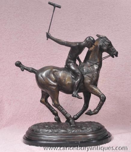 Anglais Bronze joueur de polo et de cheval Statue casting