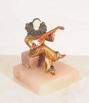 Art Déco Clown Joueur de mandoline Statue par Chiparus