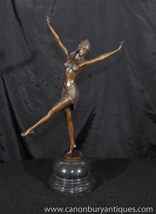 Art Déco Egytian Dancer Bronze Statue Figurine par Chiparus