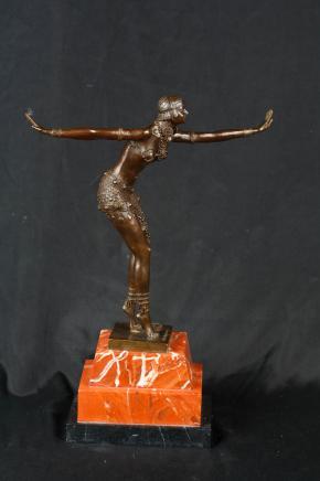 Art Déco Statue en bronze par Chiparus aileron des années 1920 Dancer Figurine