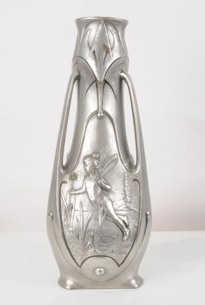 Art Nouveau Bronze Cherub Urn par Garnier Vase fées Fées