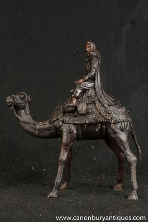 Bronze français casting Bédouins arabes Camel Statue chameaux Lawrence Arabia