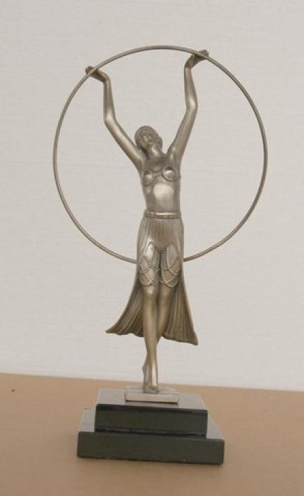Charles Sykes Art Déco Bronze Fille Hoop