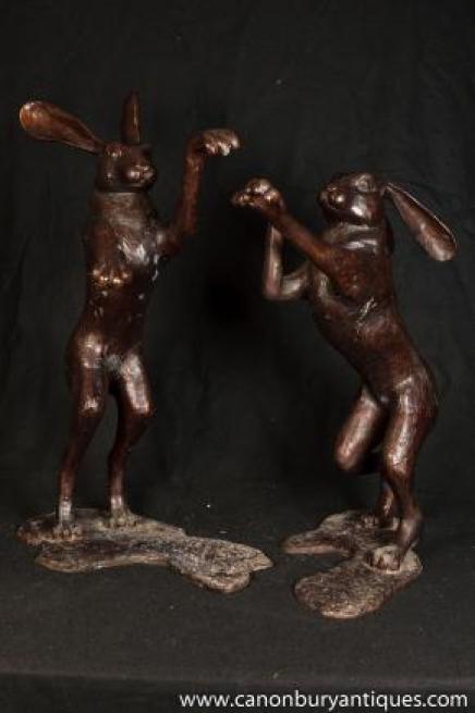 Grande Danse Paire Bronze Lièvres Lièvre Lapin Statue rituel d'accouplement