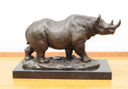 Moulage du bronze des rhinocéros d'Afrique Rhinocéros Art tribal