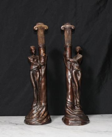 Paire Art français Nouveau Bronze Candle Sticks Candélabres
