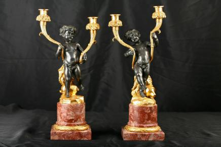 Paire français Bronze Chérubin Chandeliers Bougies Sticks