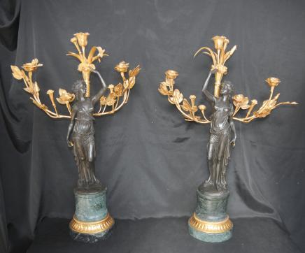 Paire français Bronze doré au mercure Candélabres Clodion Femme