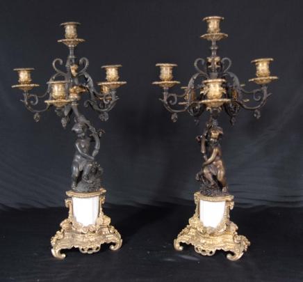 Paire italienne bronze Chérubin Candélabres Candle Sticks Putti