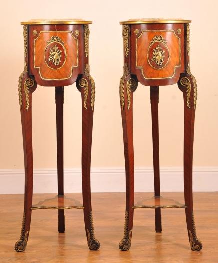 Paire tables hautes français Louis XIV piédestal Stands tableaux