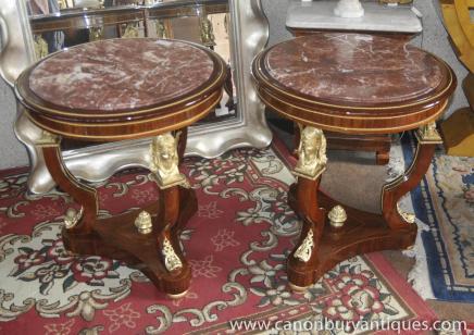 Tables paire Empire secondaires Ormolu Pharo table de marbre garni