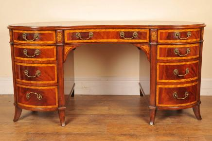 Acajou rein bureau Regency Table d'écriture