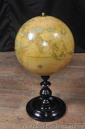 Anglais antique du monde Globe Acajou base Globes