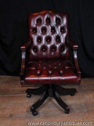 Arm Chair Regency pivotant Fauteuil de bureau en cuir Bouton profonde