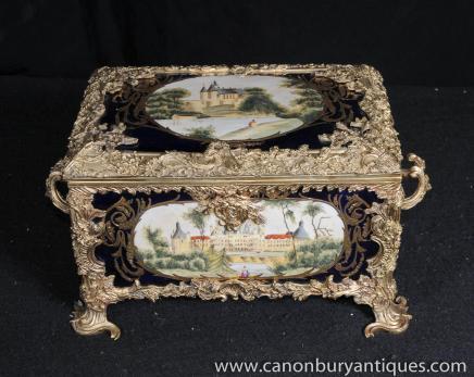 Bleu porcelaine de Sèvres et bronze doré Boîte à bijoux Paysage panneaux