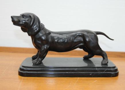 Bronze teckel saucisse chien Chiens Animaux Statue