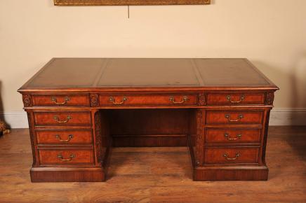 Bureaux Regency bureau de noyer une table pour écrire en anglais