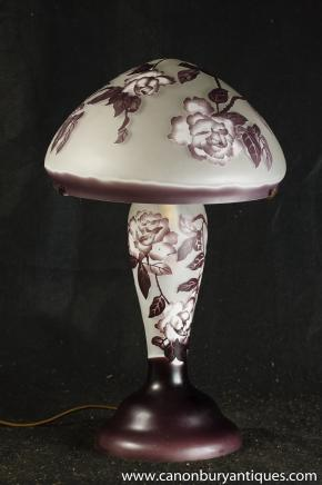Française verre Tiffany Table Lamp Galle