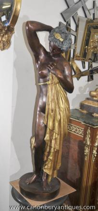 Grand Bronze français Semi Nu de jeune fille Statue par Pradiert
