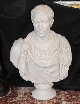 Italienne Buste en résine de marbre de Jules César empereur romain