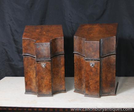 Paire Antique Regency boîtes aux lettres stationnaires en ronce de noyer