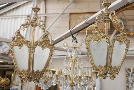 Paire Art Nouveau français Lanternes Lustres