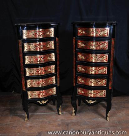 Paire Boulle incrustation poitrine tiroirs Grand Meubles Boy