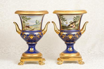 Paire Dresde Porcelaine Campana Urnes Peint à la main Vase Pot