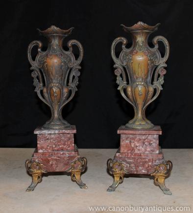 Paire Louis XV en bronze Urnes Vases en marbre socle du