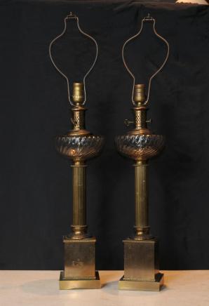 Paire Regency laiton Tableau Lampes Colonne Verre en cristal