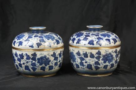 Paire chinois Kangxi Blanc Bleu porcelaine à couvercle Pots Pots Poterie
