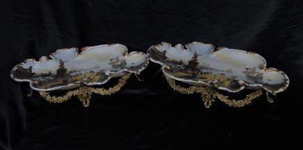 Paire de porcelaine de Sèvres Vaisselles Assiettes Ormolu Peintes
